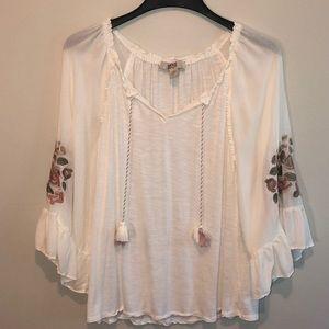 ⬇️2️⃣5️⃣Vintage America blouse